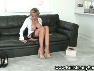 Busty mature Lady Sonia brit