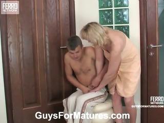 Emilia&Jerry cute mom on video