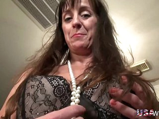 USAwives Fit Mature Rose Self Toying Masturbation